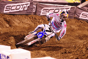 Stewart in retro Answer gear at Anaheim II