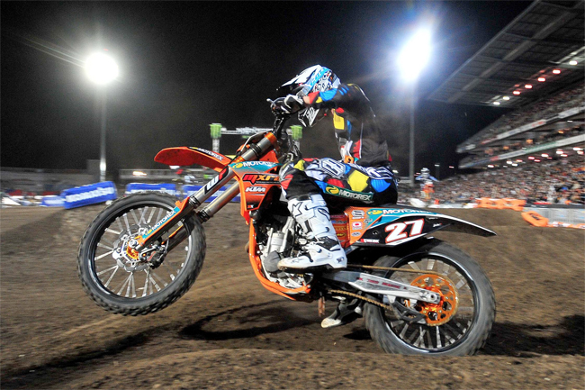 American PJ Larsen has been declared the 2010 Super X, Australasian Supercross Champion, in the Lites class. Image: Sport The Library.