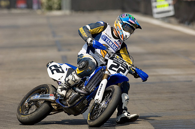 Chad Reed charging hard during X Games Supermoto in 2005. He scored the bronze.