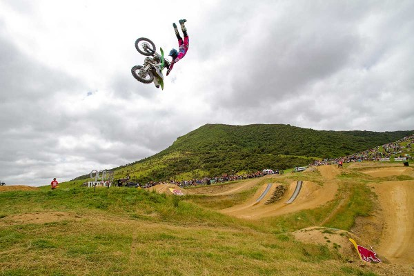 Brown tops FMX contest at 2016 Farm Jam