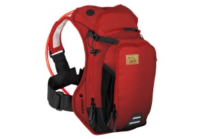 Product: USWE Patriot 9 hydration pack