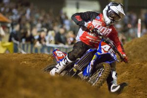 Dunlop's Mellross stretches SX2 advantage in Adelaide
