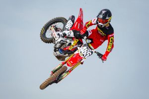 Professional debut on hold for GEICO Honda's Sexton