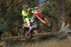 Viral: 2017 KTM Enduro Racing Team launch