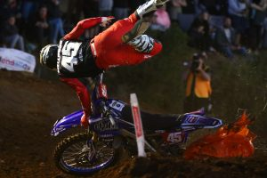 Mellross to undergo further medical evaluation after round two crash