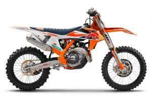 KTM uncovers 2018 model 450 SX-F Factory Edition at team intro