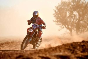 Record-setting Price scores Finke win number six