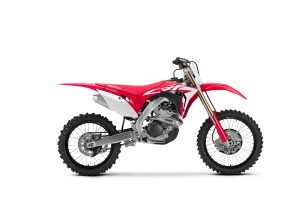Turn holeshots into moto wins with the 2019 CRF450R and CRF250R
