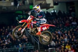 Discomfort causes late race fade for Roczen