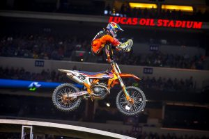 Musquin breaks through for Indianapolis supercross victory