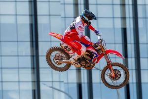 'Beat up' Evans to sit out Semarang grand prix